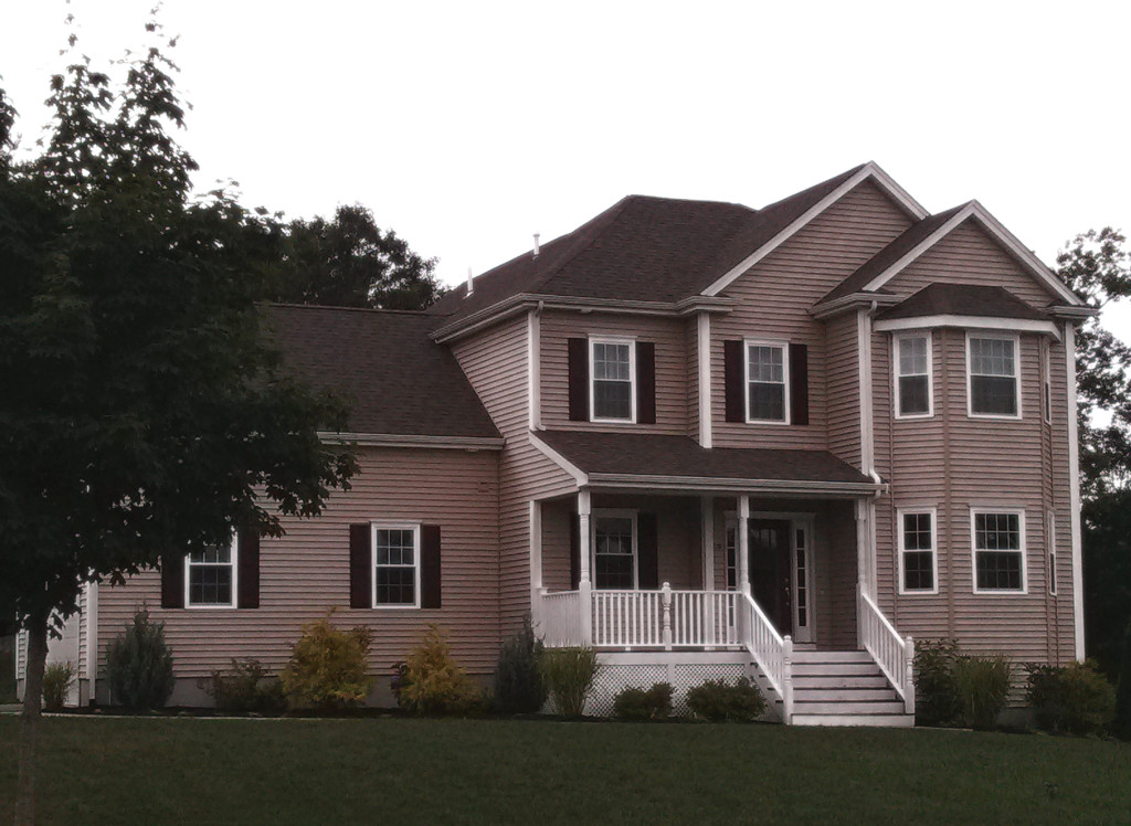 2,000 square foot colonial for sale massachusetts
